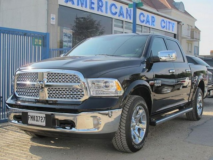 dodge ram 1500 iv 1500 4x4 occasion 61 500 200 km vente de voiture d 39 occasion. Black Bedroom Furniture Sets. Home Design Ideas
