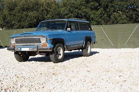 jeep cherokee 4x4 occasion 4 000 300 000 km vente de voiture d 39 occasion motorlegend. Black Bedroom Furniture Sets. Home Design Ideas